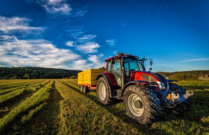 фермерский тактор