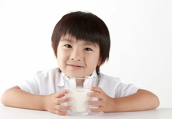 молоко в китае, молочные новости, новые технологии, новости про еду, новое молоко